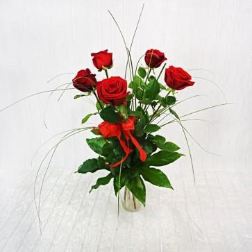 5 Rose Rosse a gambo medio
