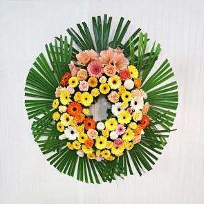 Coroncina in fiori freschi