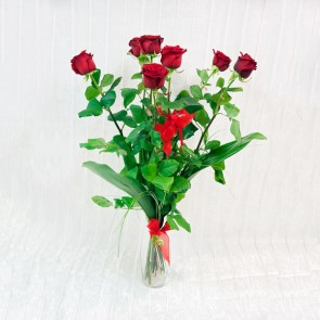 7 Rose Rosse a gambo lungo